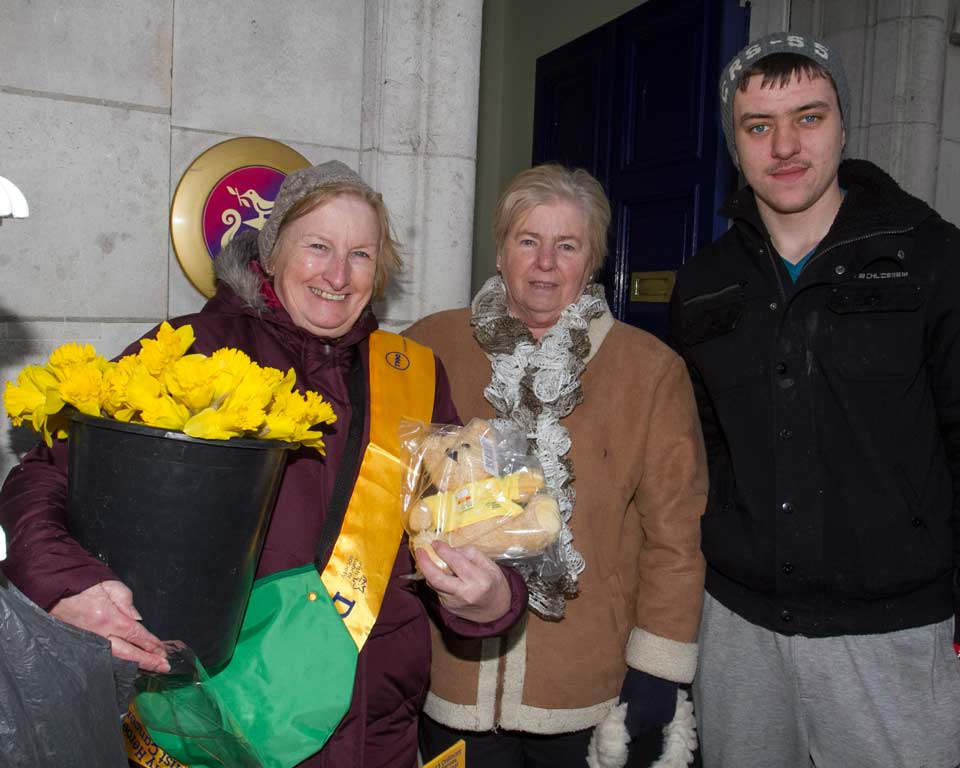 Marie Walsh, Eileen Heaney and Blake Jackson pictured during Daffodil day in Arklow in aid of Irish cancer support
