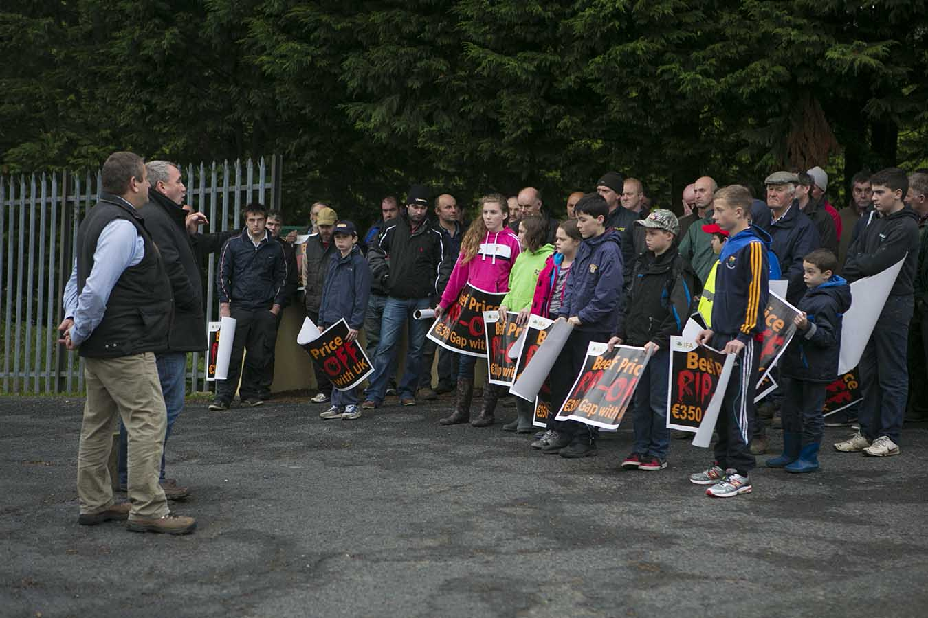 Tom Shortt and Derek Dean address protesters in Hacketstown on Monday afternoon
