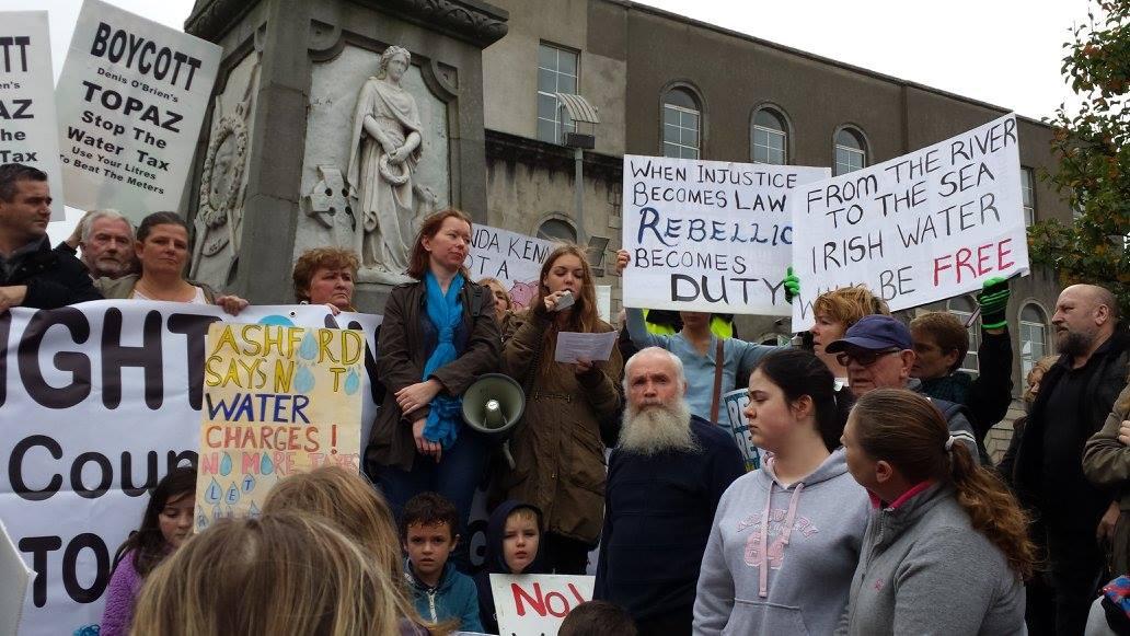 Sarah Griffin speaks to the demonstrators in Wicklow town